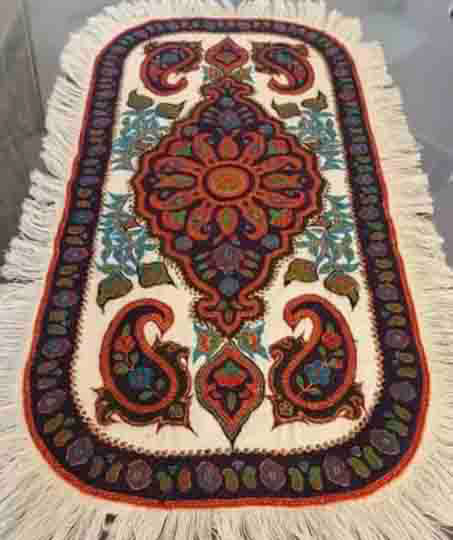 Pateh oval tablecloth